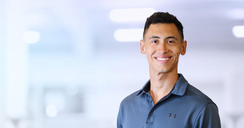 Toronto Physiotherapist Alex Restrepo