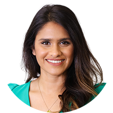 Headshot of Toronto Physiotherapist Rosalina Mahendran